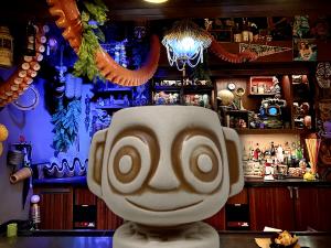 Trader-Sams-Bar-With-A-Hippo-Tiki-Mug