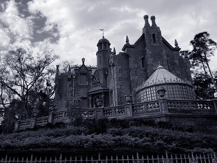 Haunted-Mansion-at-Walt-Disney-World's-Magic-Kingdom
